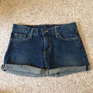Denim shorts (rolled)